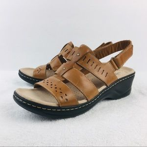Clarks Lexi Qwin Sandals